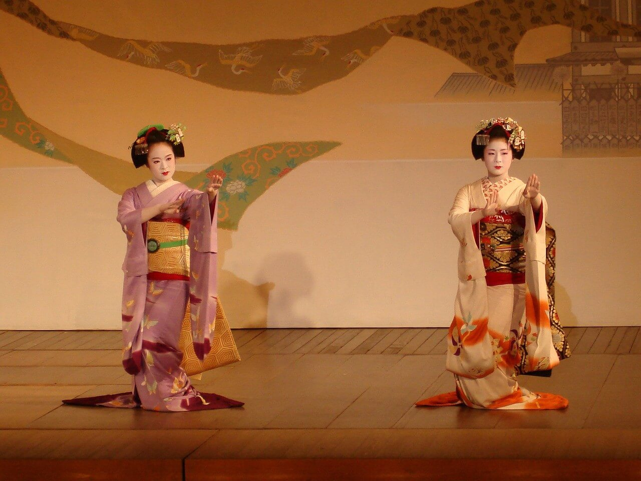 Geisha girls dancing on a stage
