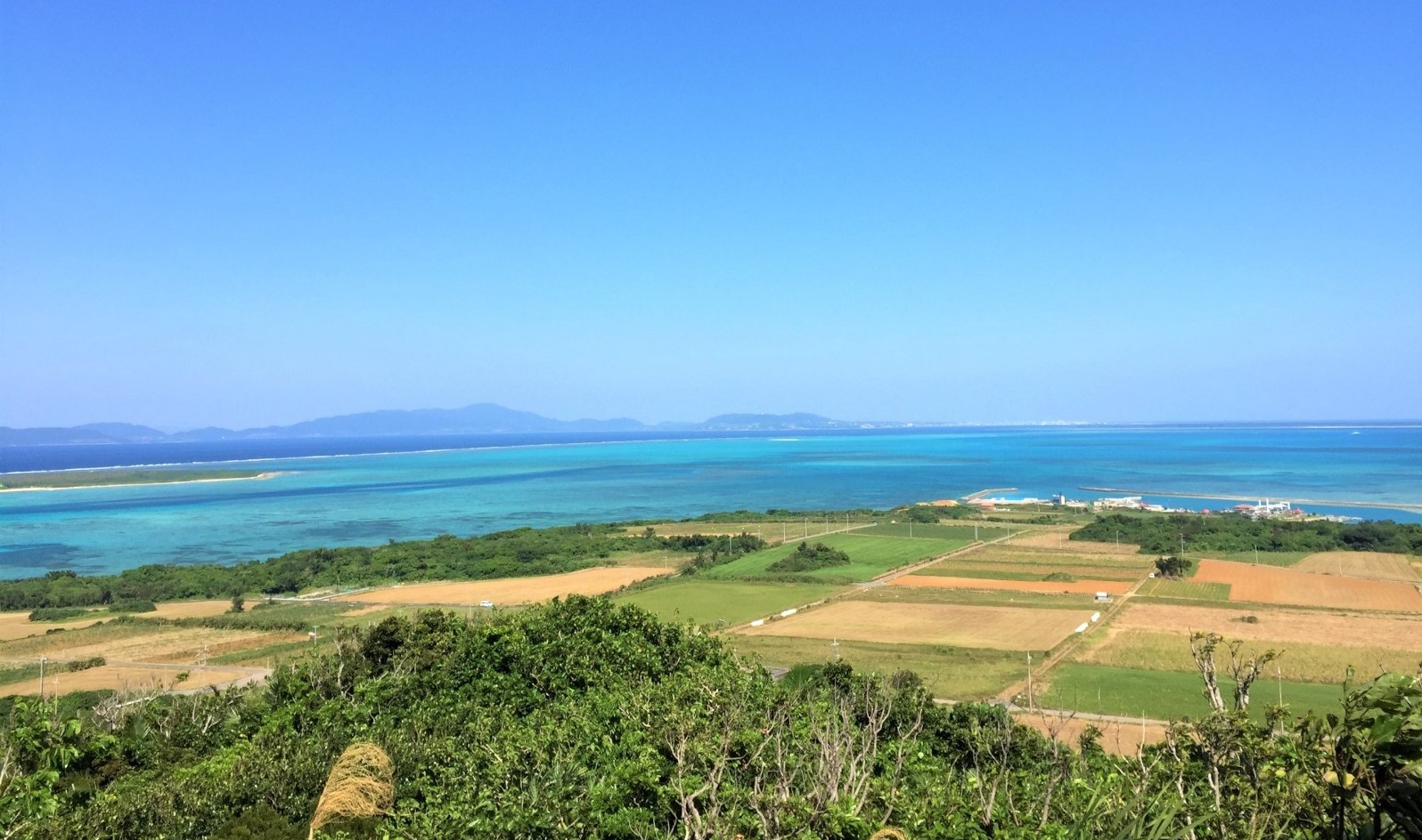 The rural scenery and the beautiful ocean of Kohama Island
