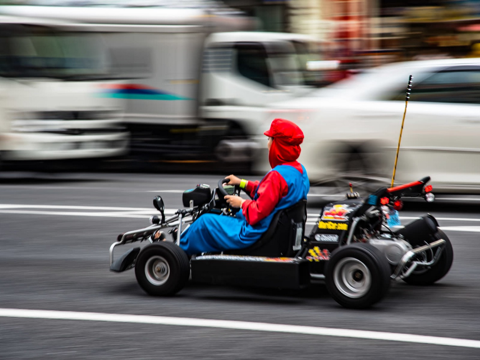 Rent a Go-Kart and Race through Tokyo!!