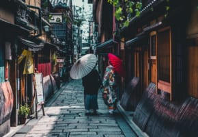 1 Week Itinerary in Japan: OSAKA + KYOTO + HIROSHIMA