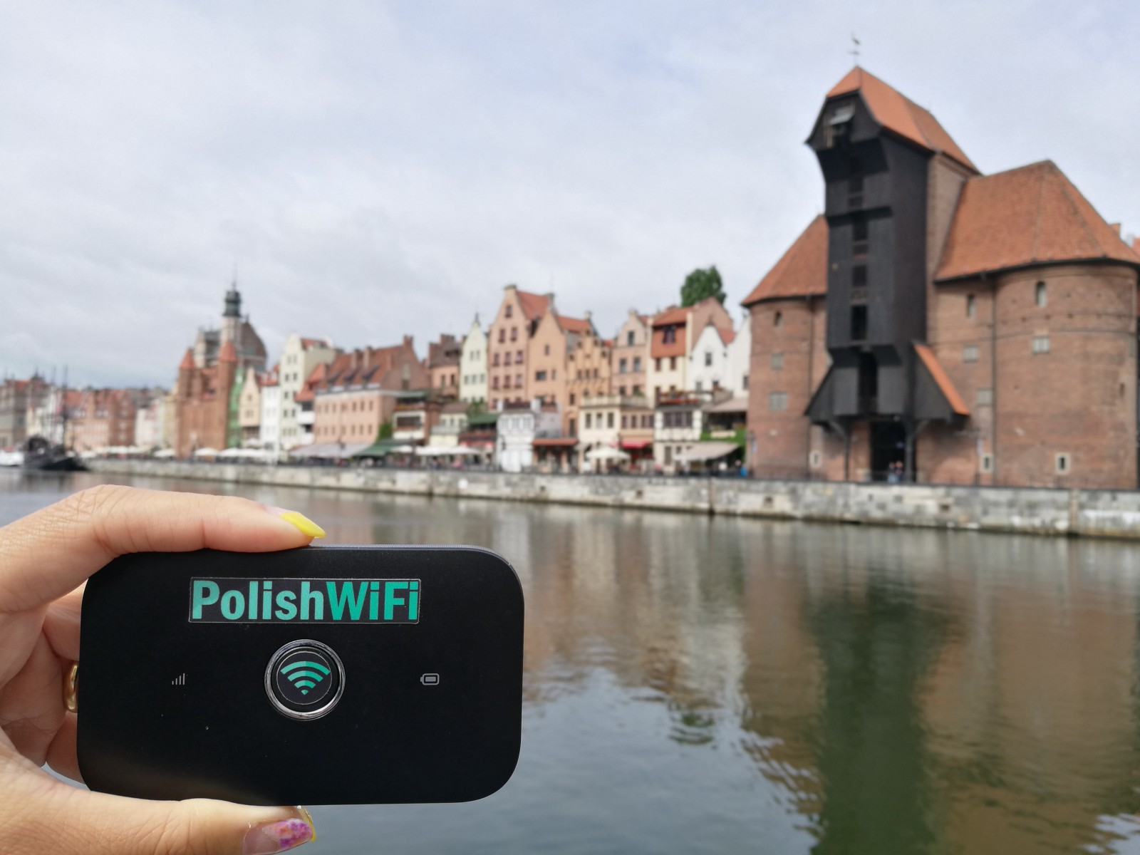 Polish WiFi: The Best Way to Stay Connected in Poland!