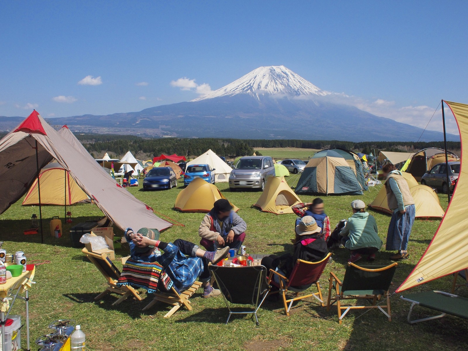 Camping on the foot of Mt Fuji