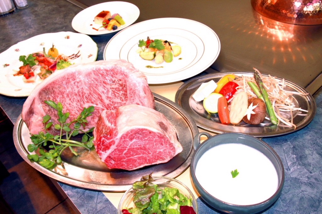 Course dishes including Kobe Beef at Steak Aoyama
