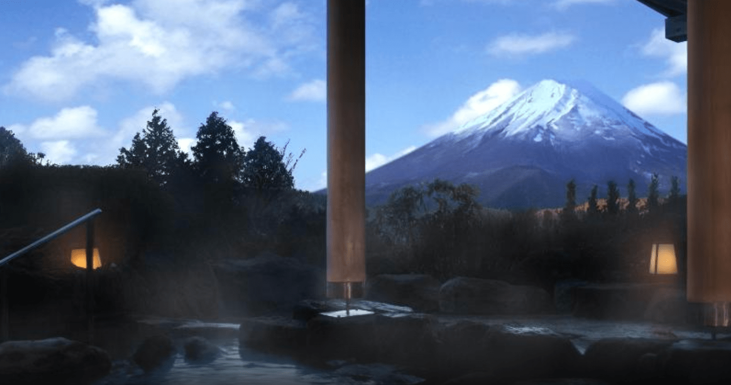 Onsen with a view of Mt.Fuji
