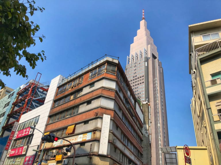Yoyogi Kaikan Building(代々木会館)