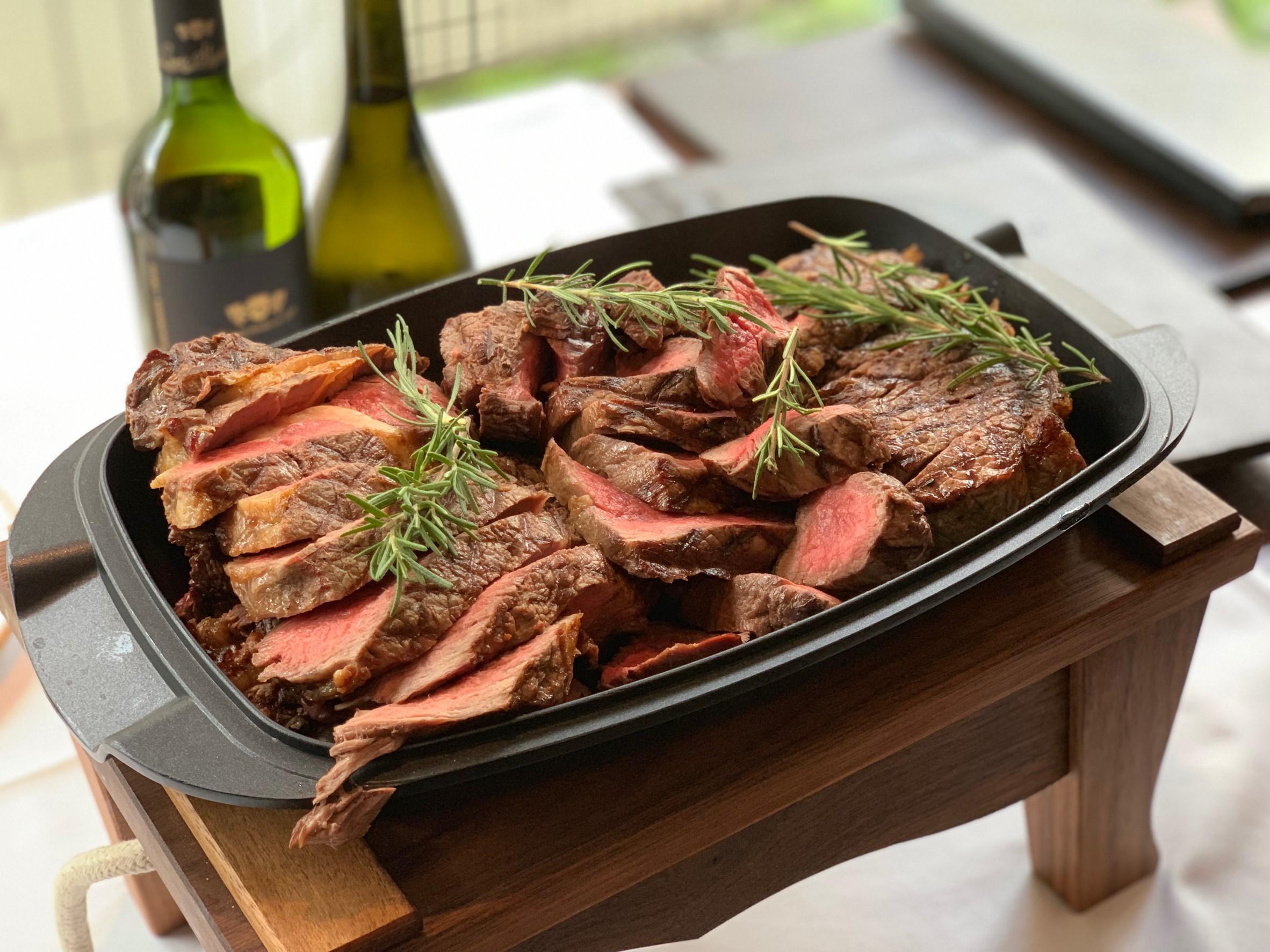 The Steakhouse: Taste JOHN STONE Irish Beef inTokyo!