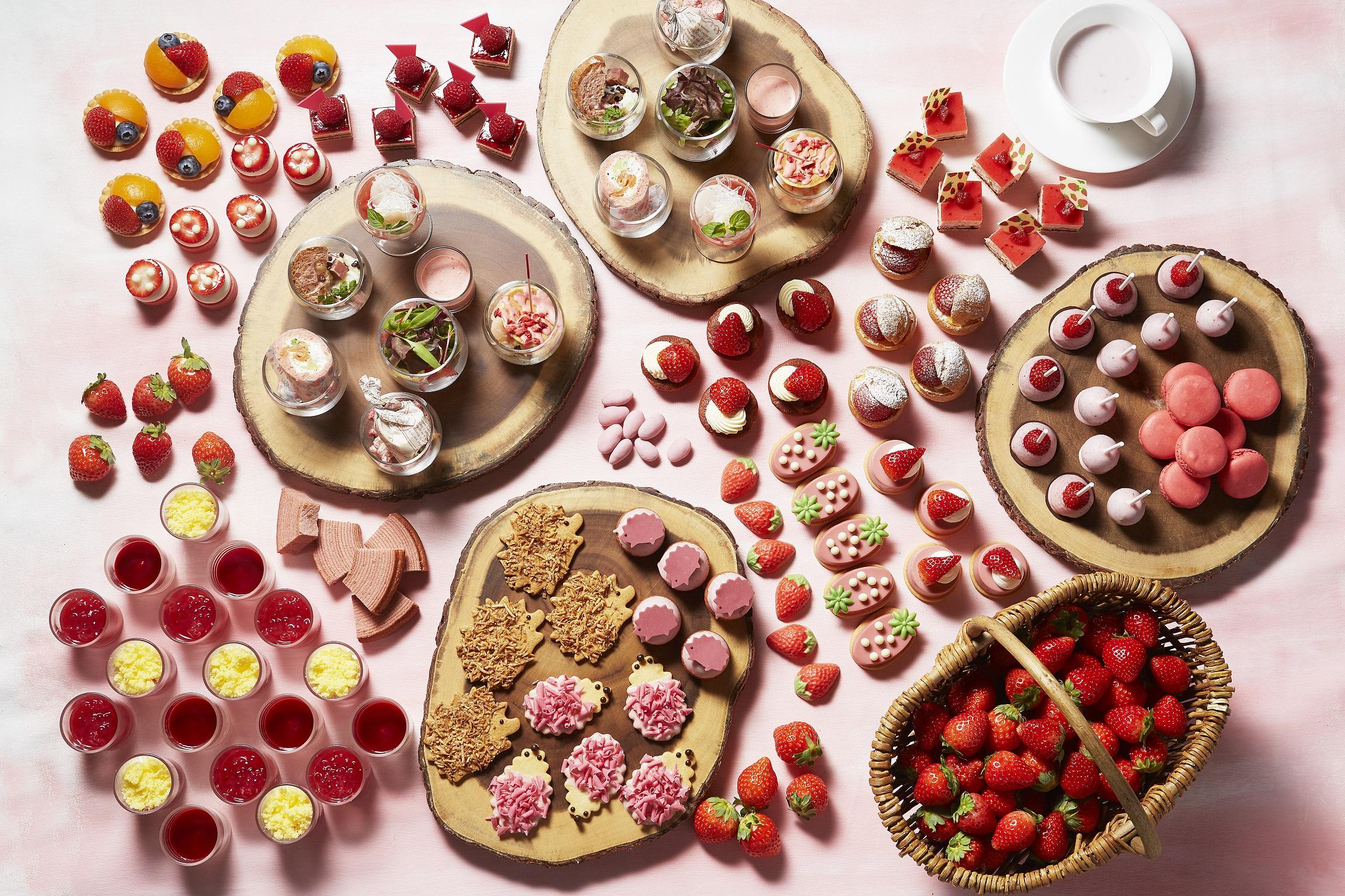 Best Strawberry Buffets in Tokyo2021