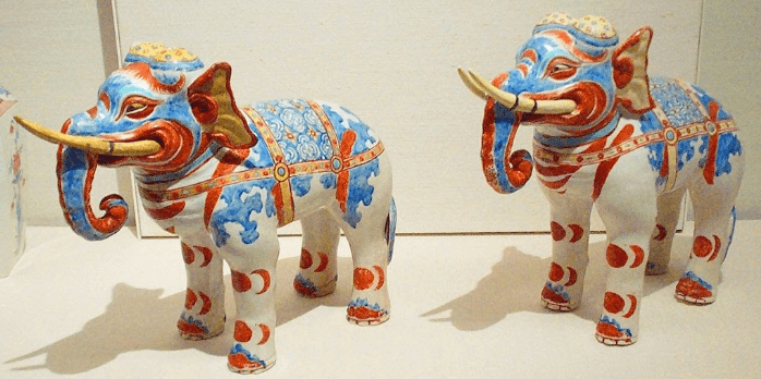 Kakiemon-style porcelain elephants at the British Museum