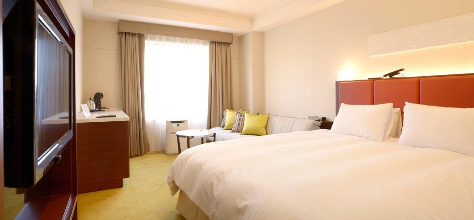Kamar Namba Oriental Hotel
