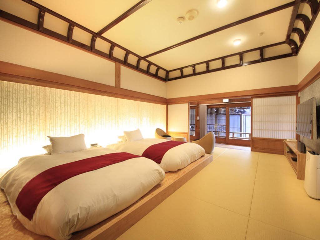 Fuji Onsenji Yumedono Ryokan room view